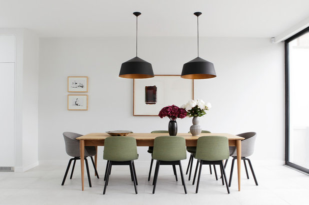 Modern Dining Room by Suzie Mc Adam