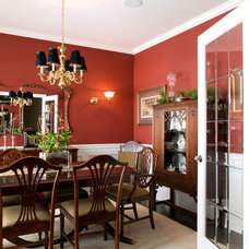 Traditional Dining Room by Silvergate Homes Ltd.