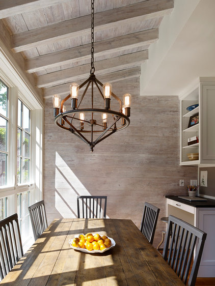 12 touches to add farmhouse style to your dining room for Houzz rustic lighting