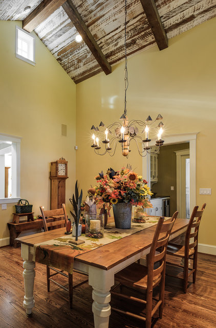Farmhouse Dining Room by The Neil Kelly Company