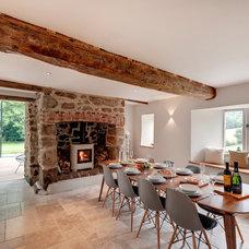 Farmhouse Dining Room by van Ellen + Sheryn Architects