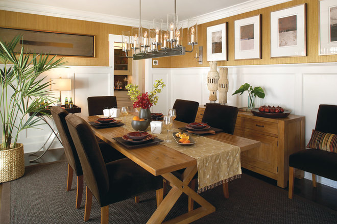 Contemporary Dining Room by Murphy Brothers Contracting