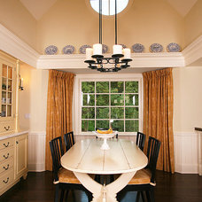 Traditional Dining Room by Daniel Contelmo Architects