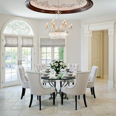 Traditional Dining Room by MODEL DESIGN INC.
