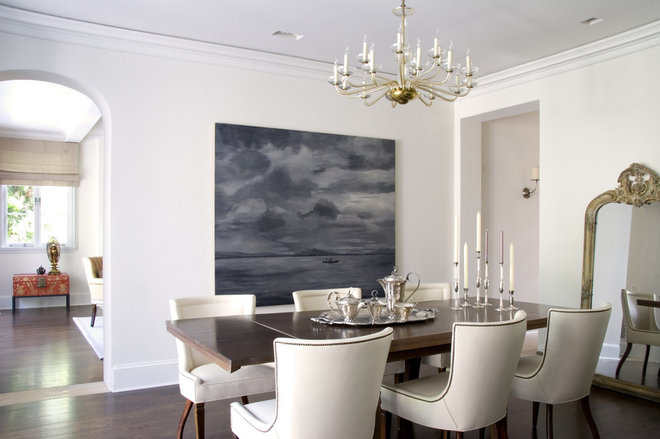 transitional dining room by Studio William Hefner