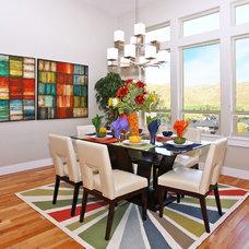 Contemporary Dining Room by Innovative Custom Homes