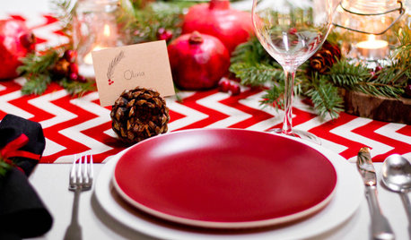 Spectacular Dining Table Settings to Bring In the Festivities