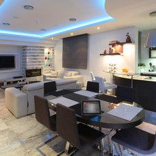 Modern Dining Room by Elytronic