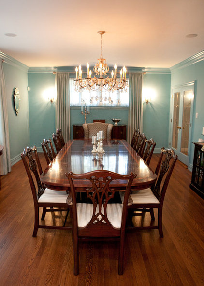 Traditional Dining Room by Greenable