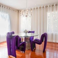 Contemporary Curtains by Dream Interior Designs