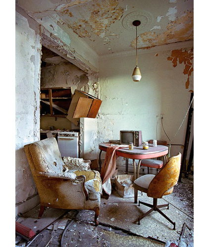 Eclectic Dining Room by reliques.online.fr