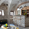 Houzz Tour: A Very Unusual Lakeside Home is Restored