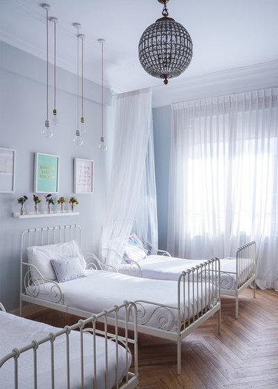 Ecléctico Dormitorio infantil by Javier Bravo