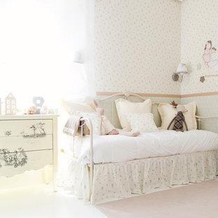 Diseño de dormitorio infantil de 4 a 10 años, romántico, con paredes multicolor