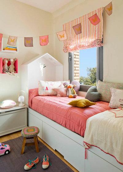 Contemporáneo Dormitorio infantil Una casita de cuento