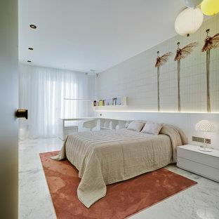 Foto de dormitorio infantil contemporáneo con suelo blanco