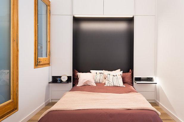 Contemporary Bedroom by GokoStudio