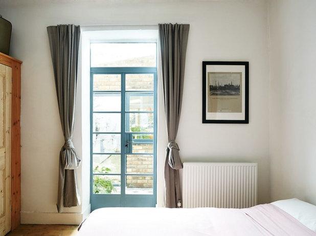 Dormitorio by VENTURA REGALADO Architects & Designers