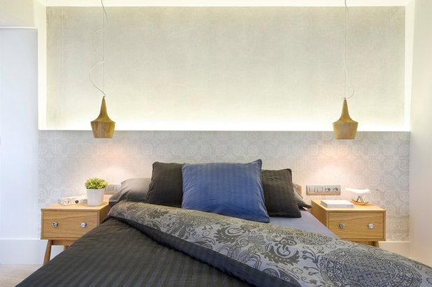 Dormitorio renueva su estilo poniendo papel pintado en el - Cabeceros papel pintado ...