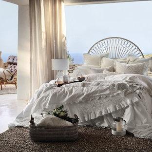 Mittelgroßes Maritimes Hauptschlafzimmer ohne Kamin in Sonstige