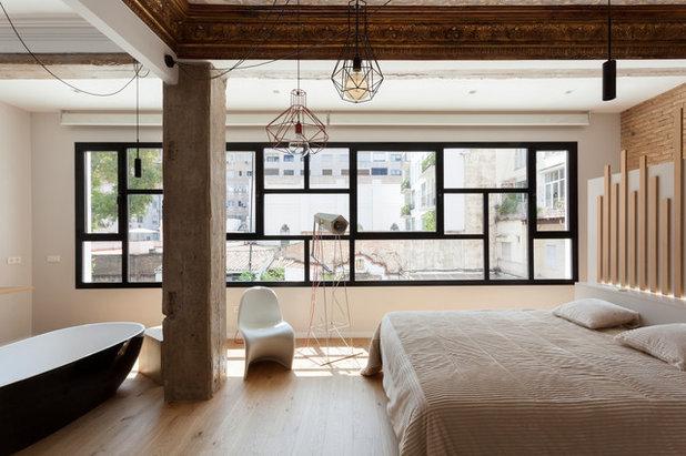 Contemporary Bedroom by Malek Murad y Maria García estudio de arquitectura