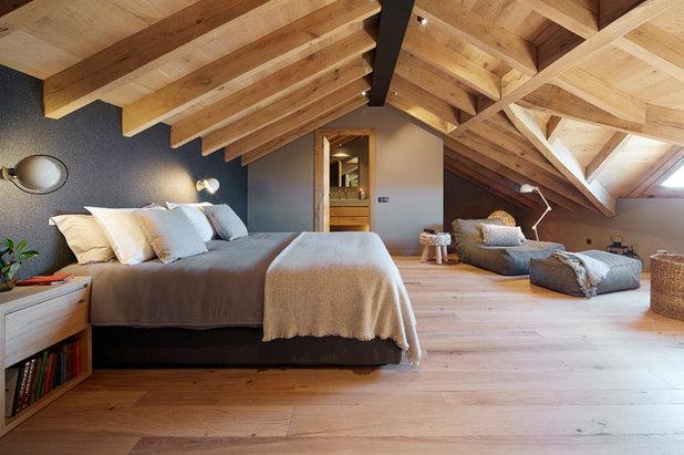 カントリー 寝室 by Jordi Miralles Fotografia