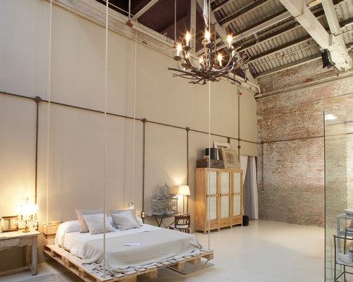 chambre industrielle avec un mur beige photos et id es d co de chambres. Black Bedroom Furniture Sets. Home Design Ideas
