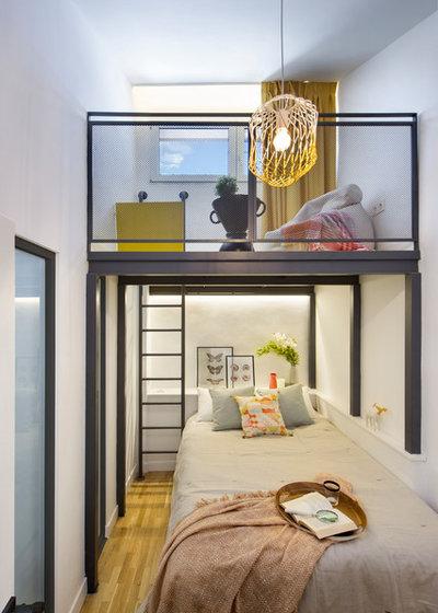Contemporary Bedroom by Egue y Seta