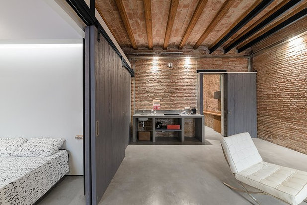 Industriale Camera da Letto by FFWD Arquitectes