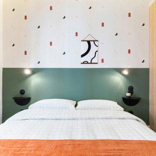 Foto de dormitorio nórdico de tamaño medio