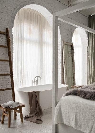 Romántico Dormitorio by Marta Castellano