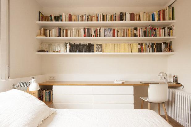 Mediterranean Bedroom by Llamazares Pomés Arquitectura
