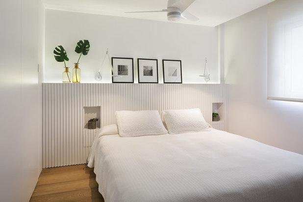 Coastal Bedroom by Cáliz Vázquez Arquitectura interiorismo