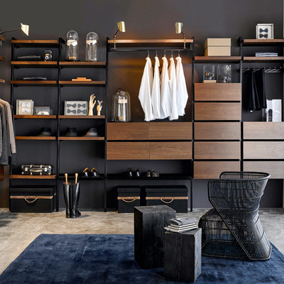 Moderne Opbevaring & garderobe by AM.PM.