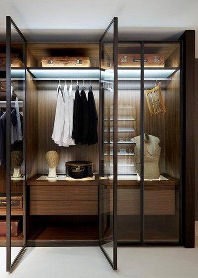 Contemporary Closet by AGORA MOBILIER