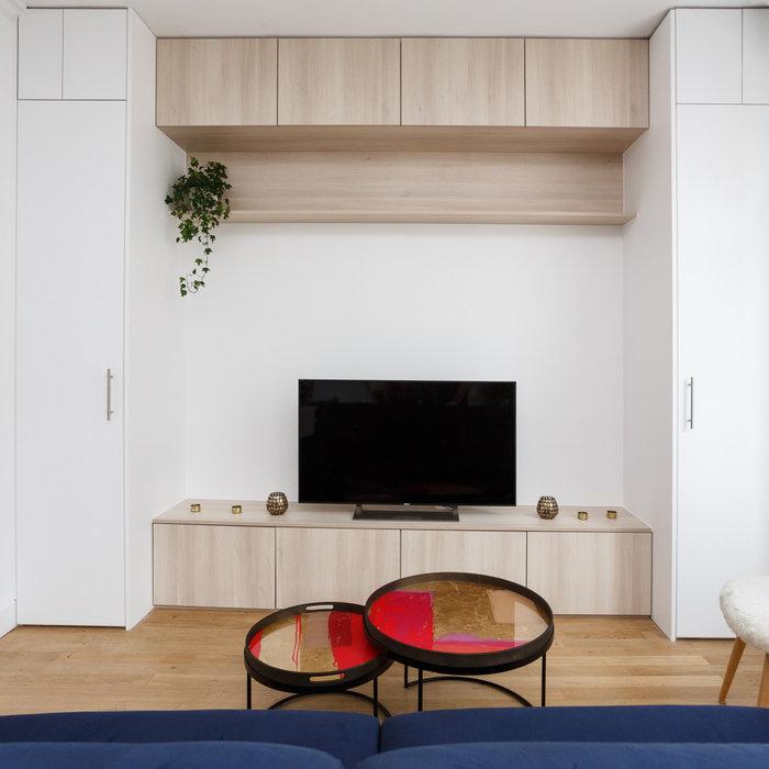 Création d'un meuble TV multifonction sur-mesure