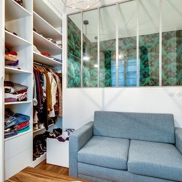 Un studio parisien, malin et féminin