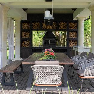 Свежая идея для дизайна: дворик в стиле современная классика с летней кухней - отличное фото интерьера