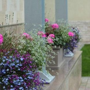 Источник вдохновения для домашнего уюта: двор в современном стиле