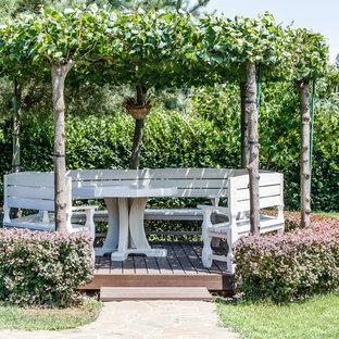 Создайте стильный интерьер: беседка во дворе частного дома в классическом стиле - последний тренд