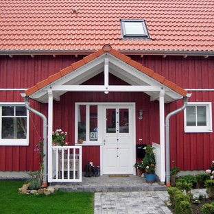Example of a danish entryway design in Other