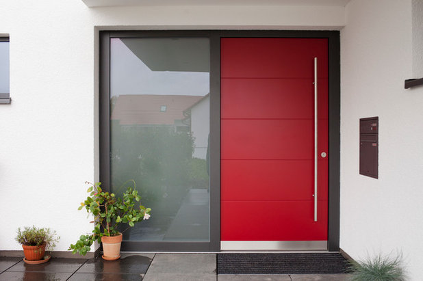 Contemporary Entry by Heinzelmann GmbH&Co.KG