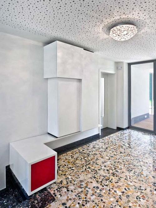 terrazzoboden mittelgroaer moderner eingang mit stauraum weiaer wandfarbe terrazzo boden und glasta 1 4 r in dortmund kosten qm