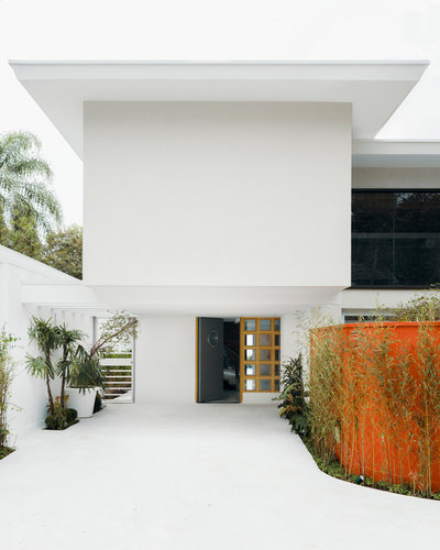 Asian Entry by Gui Rebelo | Architecture Photography