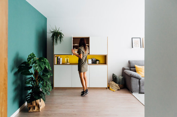 北欧 玄関 by Quefalamaria · diseño y gestión de espacios