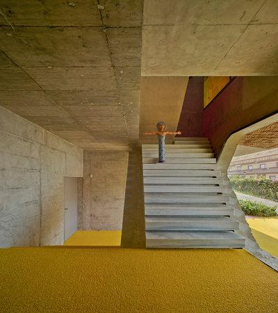 Contemporain Entrée by xpiral arquitectura