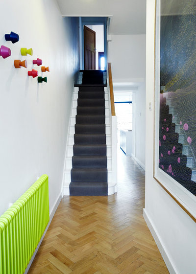 Contemporary Entry by ARCHEA Ltd