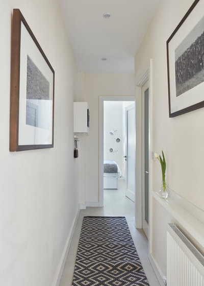 Scandinavian Entrance by houseology