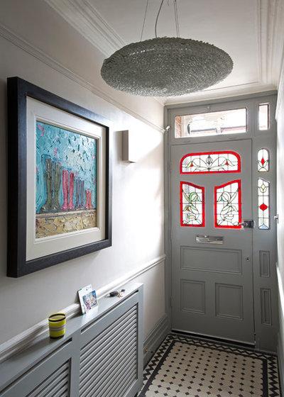 Nyklassisk Entré by Emma Green Design