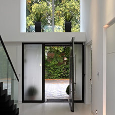 Contemporary Entry by Nicolas Tye Architects